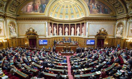 Le Parlement adopte la loi d'urgence pour faire face à l'épidémie de Covid 19
